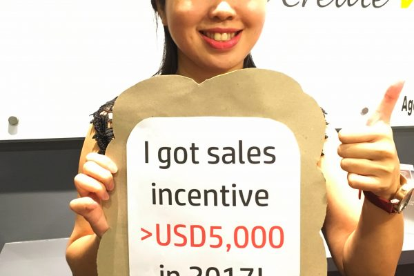 A big congratulations to our Star Performer for Team Malaysia, Vivi Tan for bagging more than USD 5,000 special incentives (on top of commission) this year!