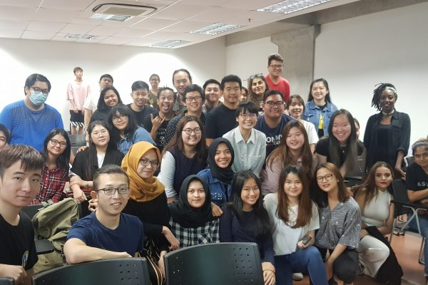 We are glad to share that last Friday, one of our VHRians, Eunice Chen was invited as a guest speaker to share about the workplace culture and her career experience with fellow final year Hospitality students at Taylor's University.
