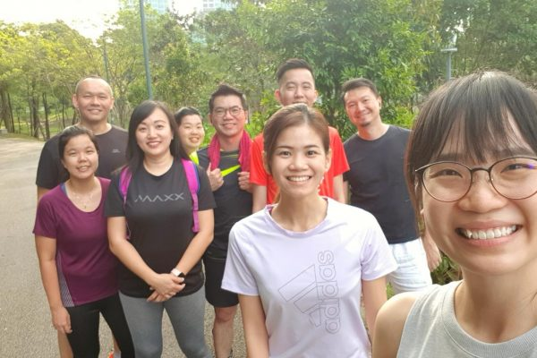 TGIF Team VHR is now all out for a jog! It's time to sweat out all the stress. 😉